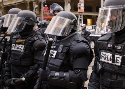 riot-gear